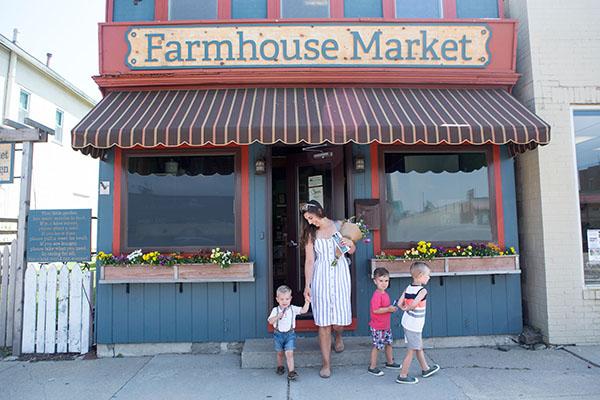 Farmhouse Market